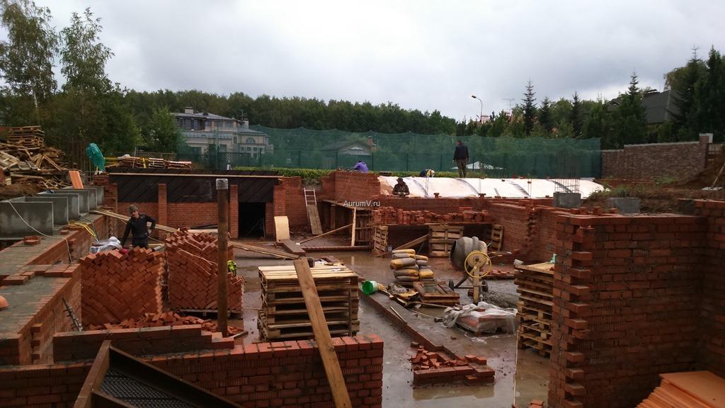 Строительство больших коттеджей