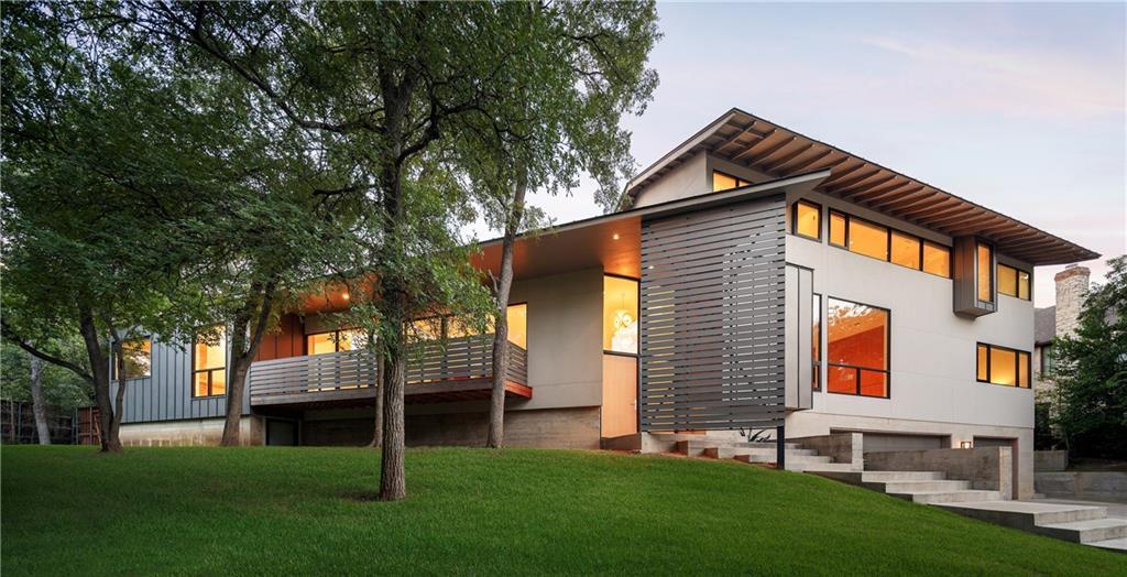 Фото строительства современного дома