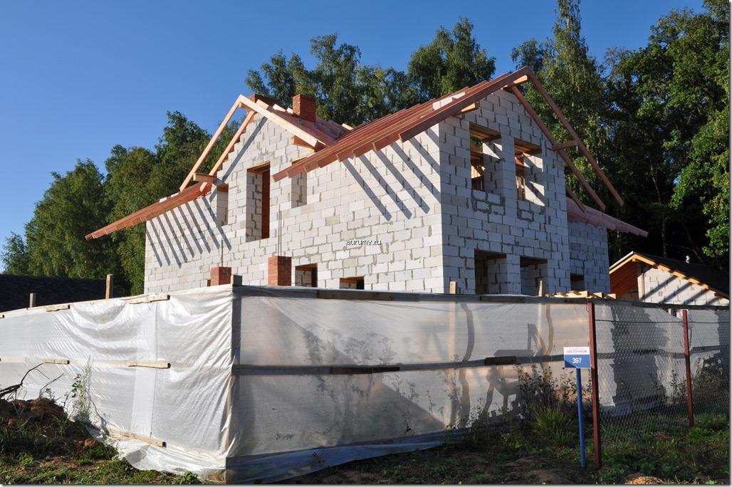 Фото строительства дома из газосиликатных блоков в Новой Москве