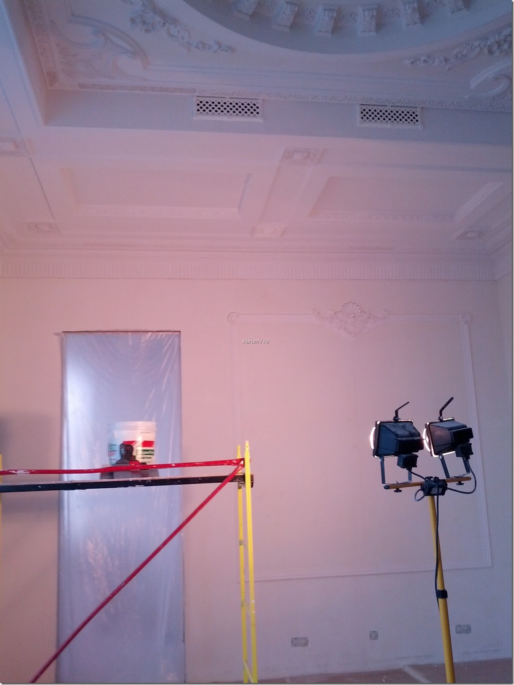 шпатлёвка под прожектор
